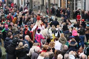 Sinterklaas komt aan in Oisterwijk.