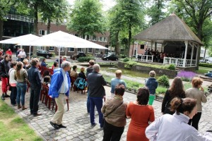 Kiosk concert op de Oisterwijkse Lind (Foto: Joris van der Pijll)
