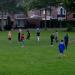 Eerder werden ook vluchtelingen opgevangen in Oisterwijk, deze werden door omwonenden 'uitgedaagd'voor een potje voetbal.