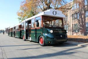 De PAREL Express, de Oisterwijkse toeristentrein, in nieuwe kleuren en logo...