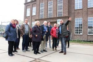 Rondleiding over KVL, ook zondag 30 oktober, die dag met historische nagespeelde gebeurtenissen (Foto: Joris van der Pijll).