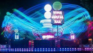 Disco op de Oisterwijkse kermis (Foto Marijn van den Heuvel)